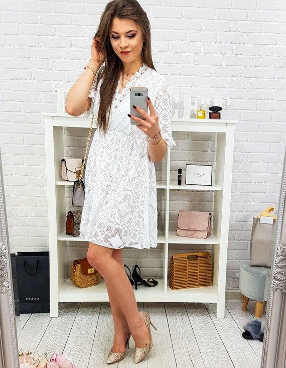 biała sukienka damska